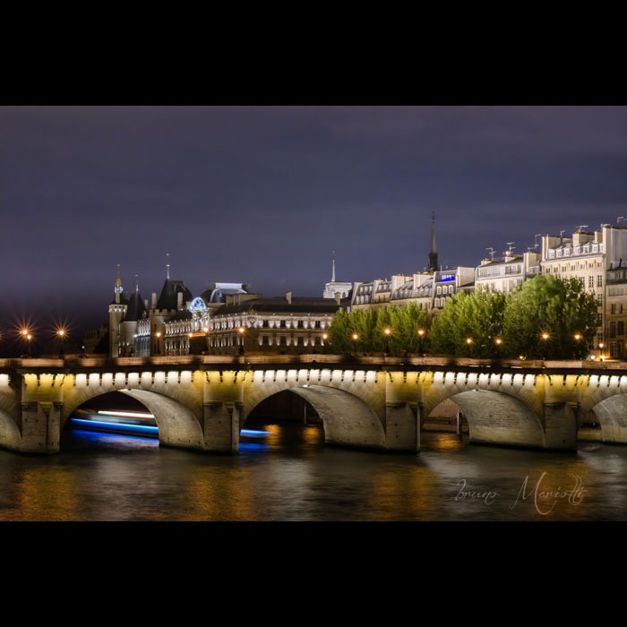 Photos d'architecture -   Le pont Neuf Paris